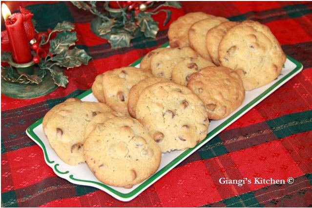 Chocolate-Chip-Cookies-copy-JPG-8x6.JPG