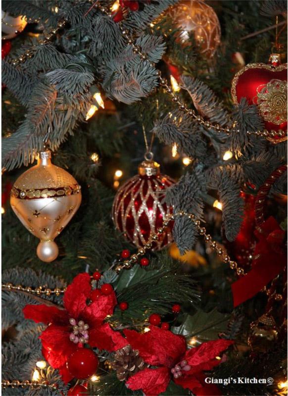 ornaments-copyJPG-8x6.JPG