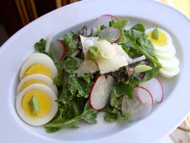 salad-with-avocado-dressing