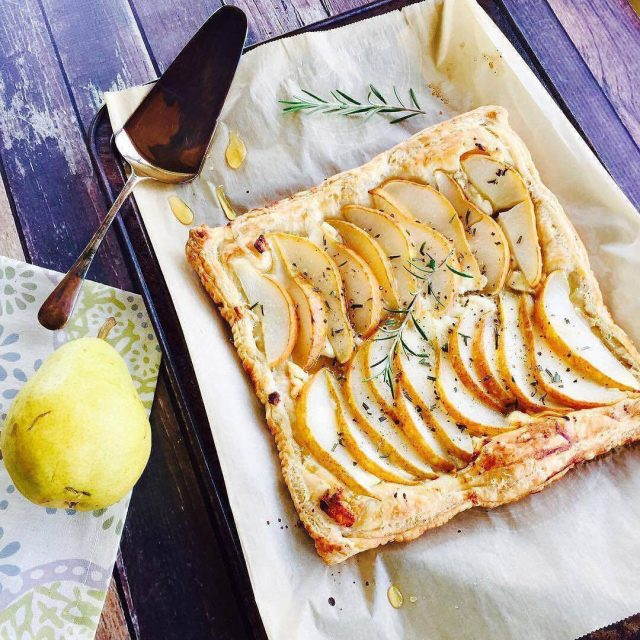 pear tart with goat cheese