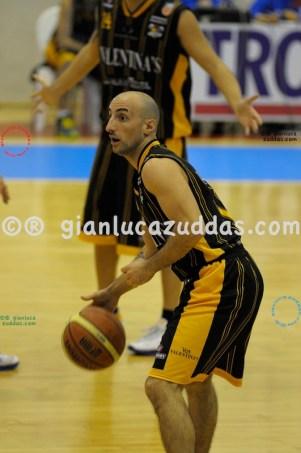 Olimpia Cagliari vs Valentina's Bottegone, 61-52, 22 ottobre 2011 020