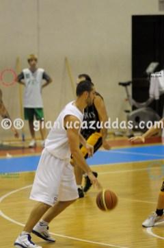 Olimpia Cagliari vs Valentina's Bottegone, 61-52, 22 ottobre 2011 027