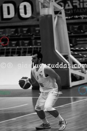 Olimpia Cagliari vs Valentina's Bottegone, 61-52, 22 ottobre 2011 070
