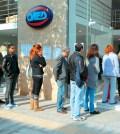 Ουρά Ανέργων στον ΟΑΕΔ - Άνεργοι ΟΑΕΔ - Ανεργοι