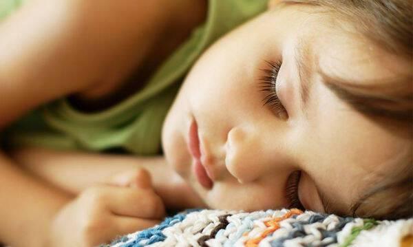 Υπνηλία παιδιού: Πότε οι γονείς πρέπει να ανησυχούν!!!