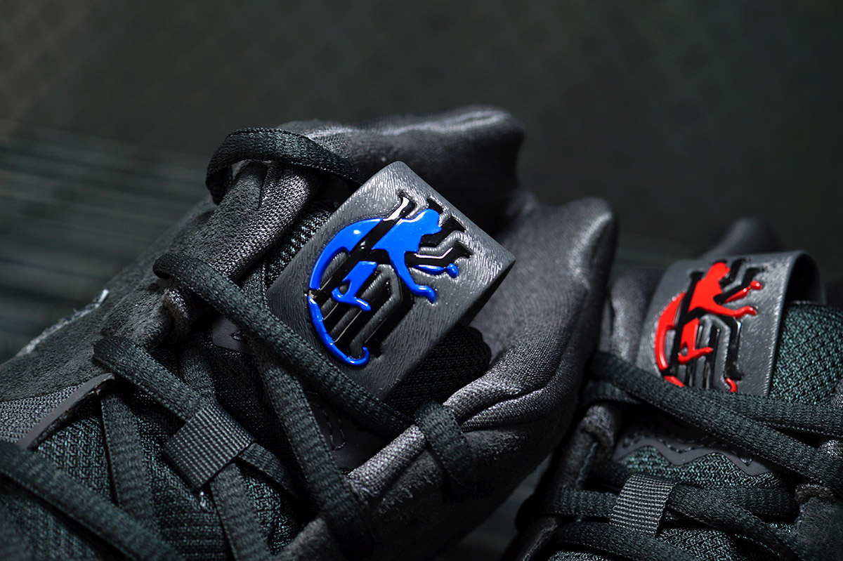 Nike kyrie 4 year of monkey logo