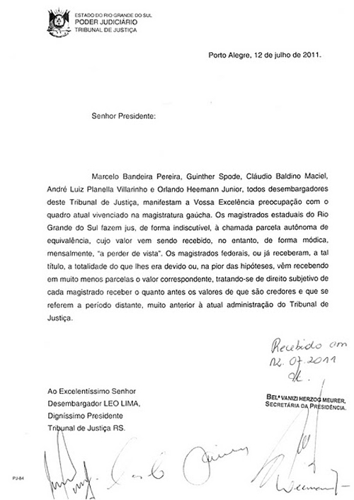 JUDICIÁRIO GAÚCHO: UM CRISTAL TRINCADO