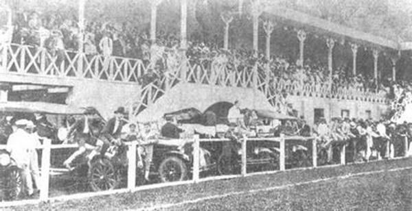 Antigo campo do Sport Club na avenida Dr. Malaquias em 1925