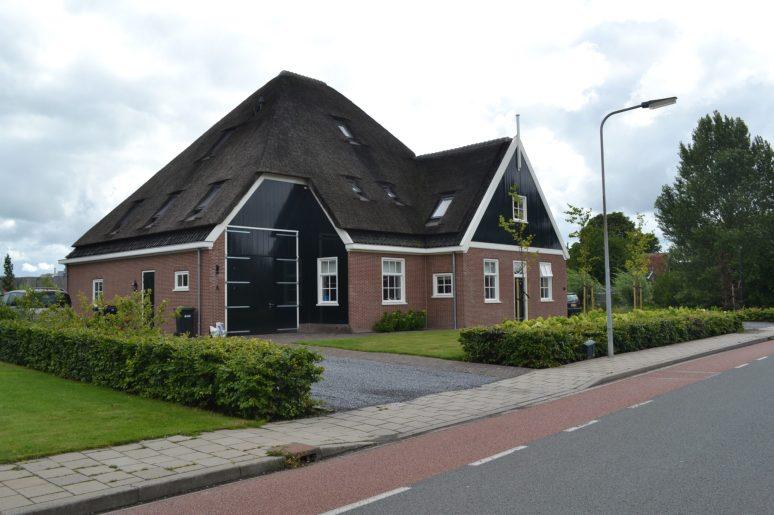 Nieuwbouw stolpboerderij - Gietermans & Van Dijk architecten - Zwaag