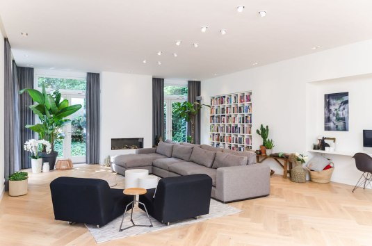 Woonkamer - Verbouw en uitbreiding woonhuis in Amsterdam - Gietermans & Van Dijk architecten - Serena Silooy Photography