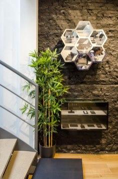 Trap en wand interieur BALR - Verbouw en uitbreiding winkelruimte BALR - Gietermans & Van Dijk architecten - Serena Silooy Photography
