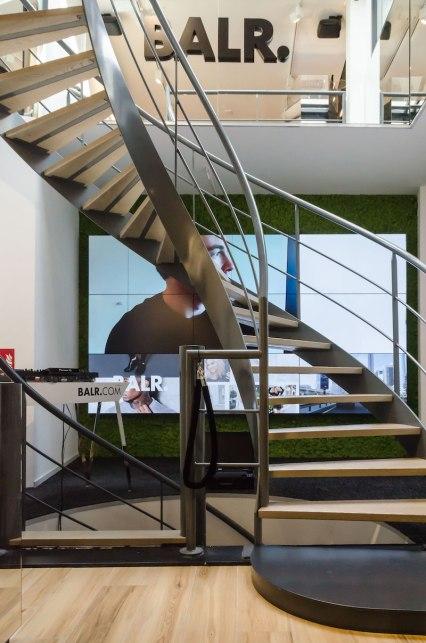 Trap interieur BALR - Verbouw en uitbreiding winkelruimte BALR - Gietermans & Van Dijk architecten - Serena Silooy Photography