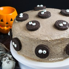 Halloween Cookies and Cream Cake