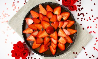 Valentine's Day Strawberry Chocolate Tart Gilded Gingerbread