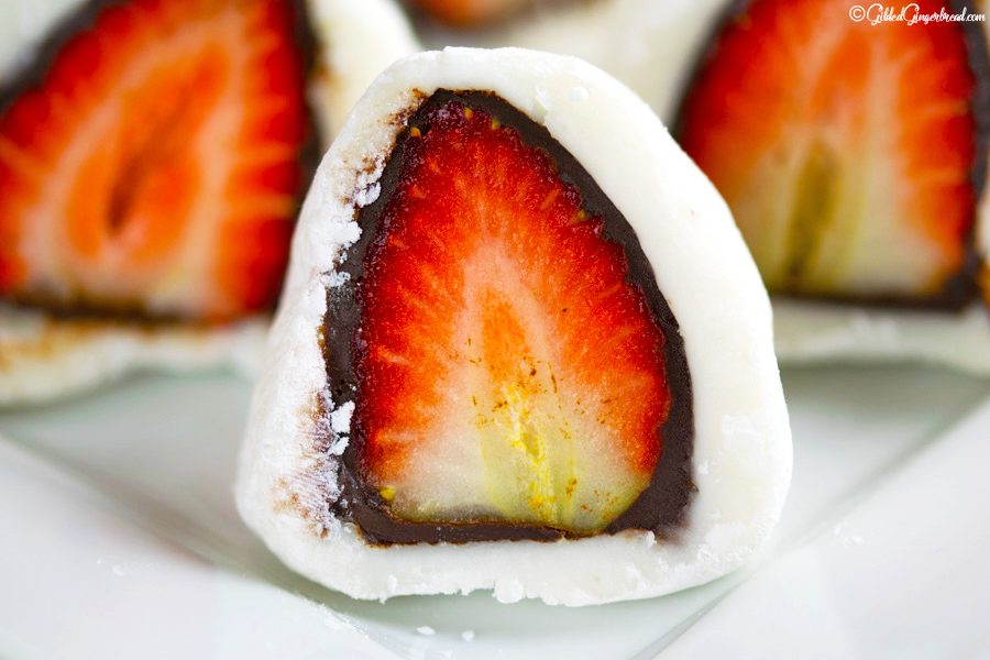 CHOCOLATE STRAWBERRY MOCHI RICE CAKES