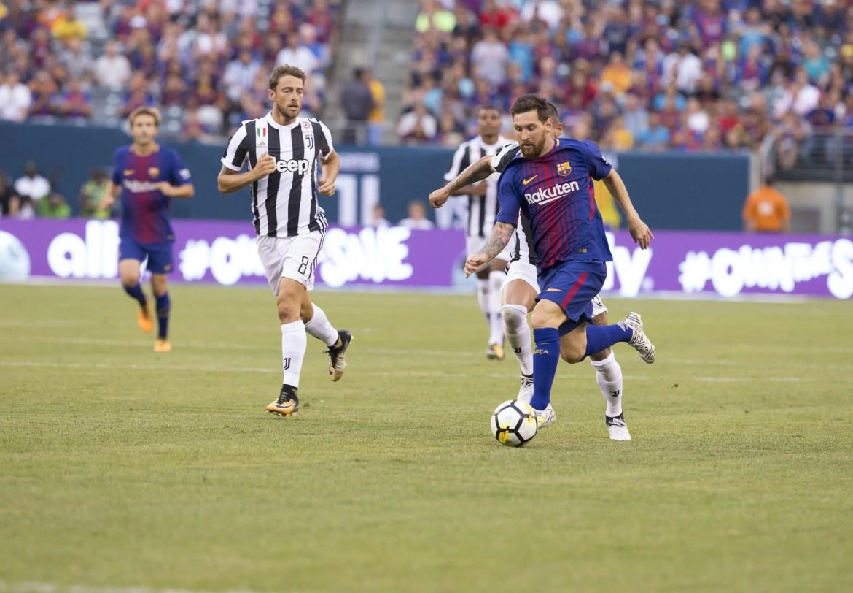 Messi, Barcelona #10, in action (Photo: Lev Radin)
