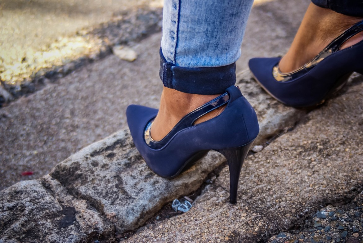 Find every style of shoes online, such as these classic pumps in navy blue