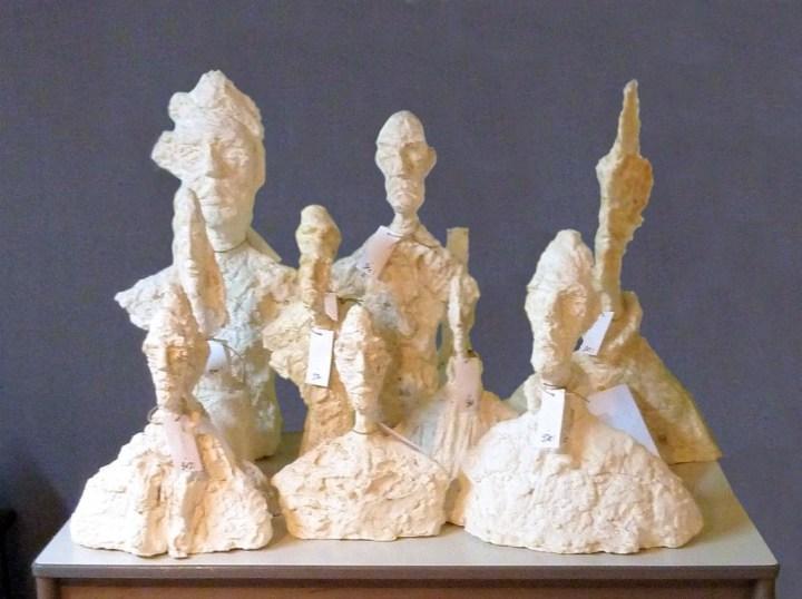 Plâtres originaux - contrefaçons sculptées par un faussaire de l'oeuvre d'Alberto Giacometti