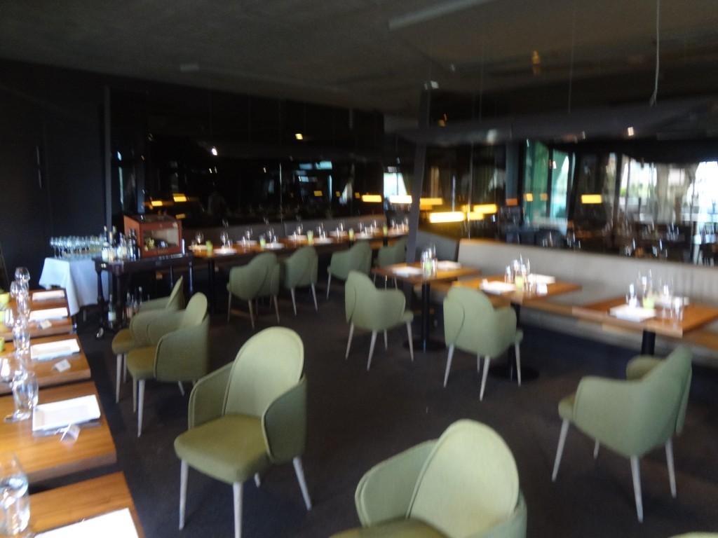 la voile blanche au centre pompidou metz restaurant metz sacree voile blanche le blog de gilles pudlowski les pieds dans le plat