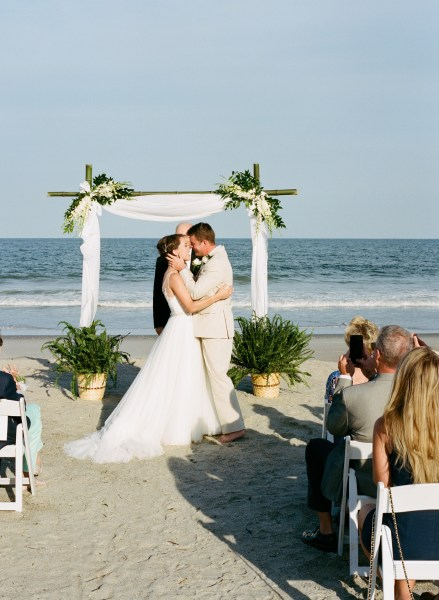 Debordieu wedding on the beach (37)