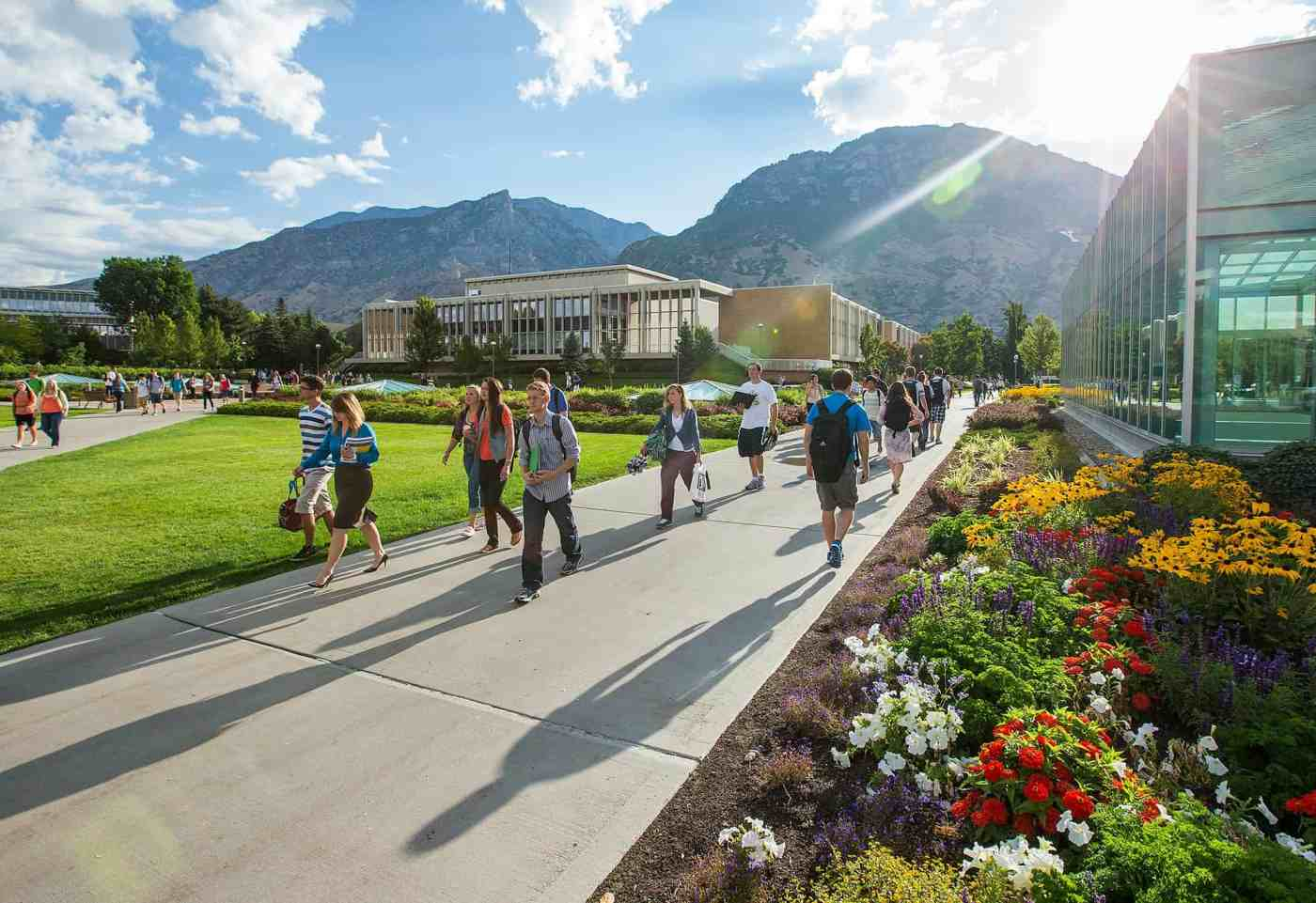 BYU modernizes records management in SharePoint