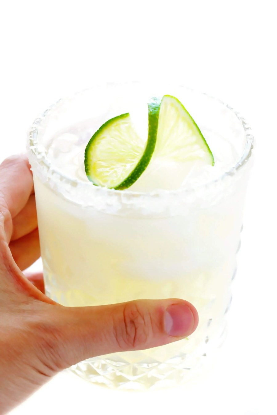 Classic Margarita Recipe in Glass with Lime