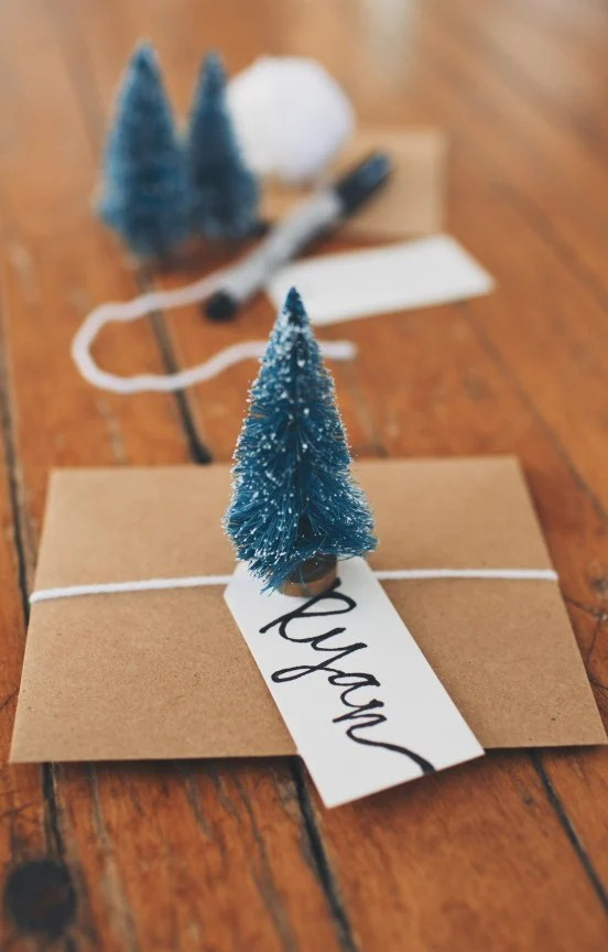TWO Simple DIY Christmas Place Cards Gimme Some Oven