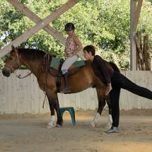 Equi-Attah-yoga-a-cheval-5