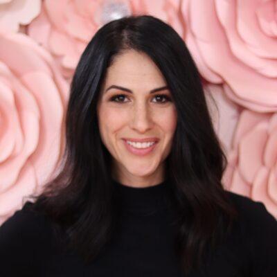 Author Gina Thornton