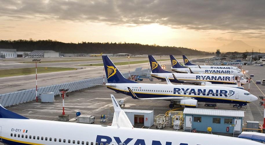 ryanair-aircraft-12 Ryanair streicht weitere 18.000 Flüge - wir haben die Liste! Foto Ryanair
