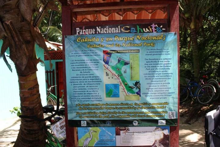 Tafel mit Überblick und Karte Nationalpark Cahuita Costa Rica www.gindeslebens.com