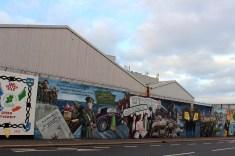 Peace Wall und Murals West Belfast - die Murals im Westen von Belfast Peace Wall www.gindeslebens.com
