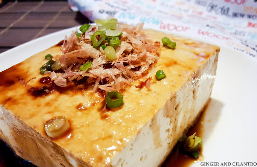 Cold tofu with bonito flakes