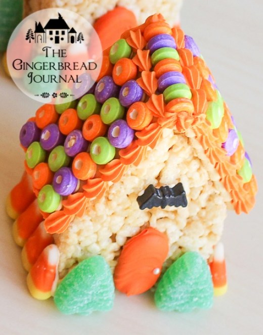 Halloween MIni Houses - Rice Krispie Treat-8wm