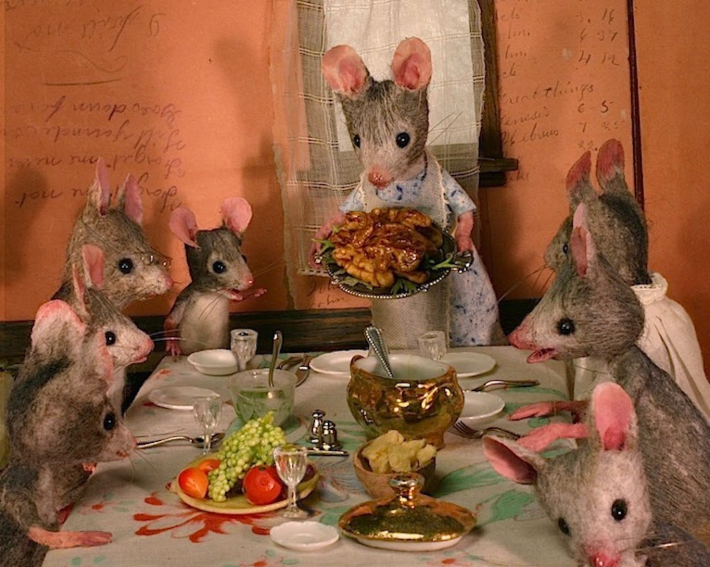 Mousefest-www.mouseshouses.blogspot.com
