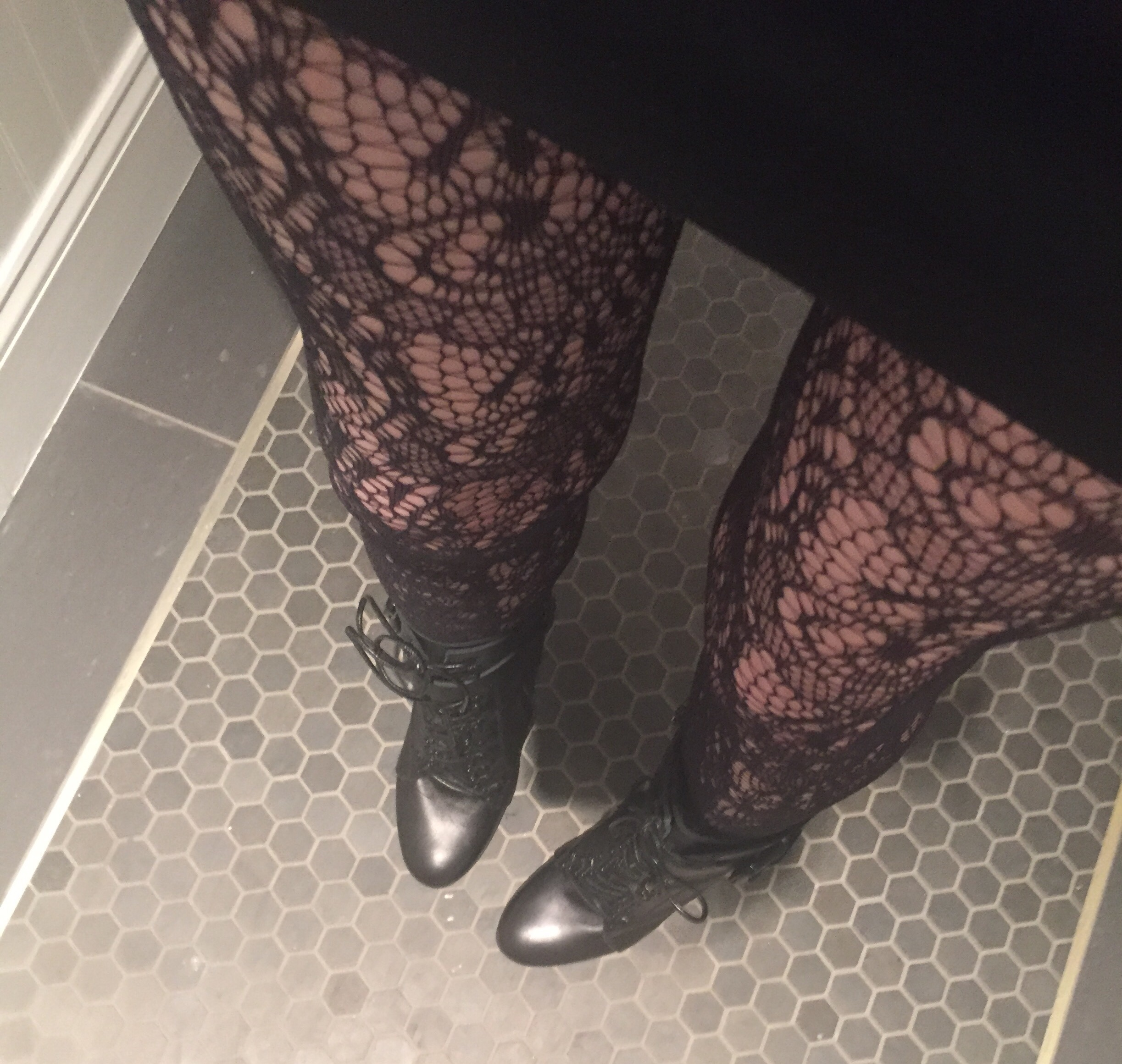 Shoes, lace tights, burberry