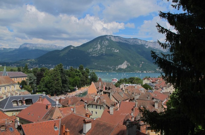 Top 5 Reasons to Visit Annecy, France