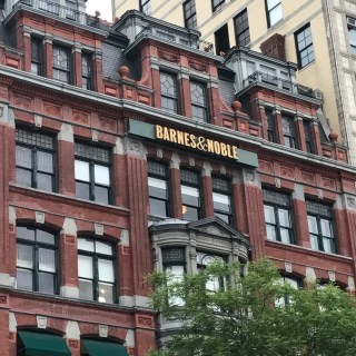 How to Meet Celebrities in NYC! Barnes & Noble Events