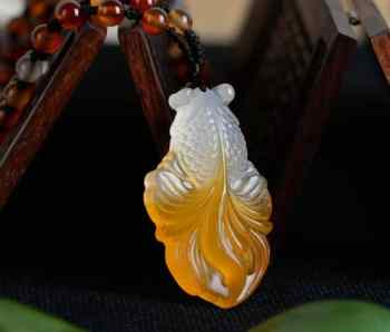 chalcedony goldfish fish jade necklace 3