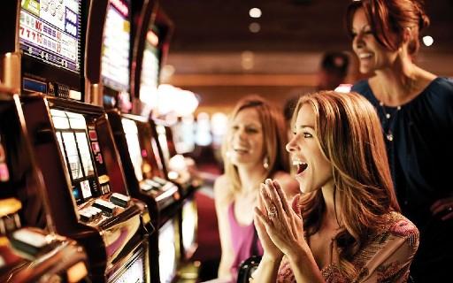 オンラインカジノの入金方法と出金方法を紹介