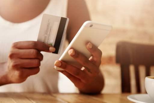 クレジットカードで入金したら出金できない