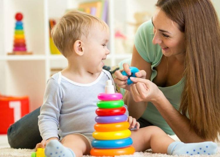 coronavirus aiuti ai genitori voucher babysitter congedo