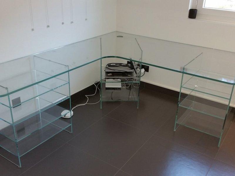 arredamenti in vetro Mesenzana_42