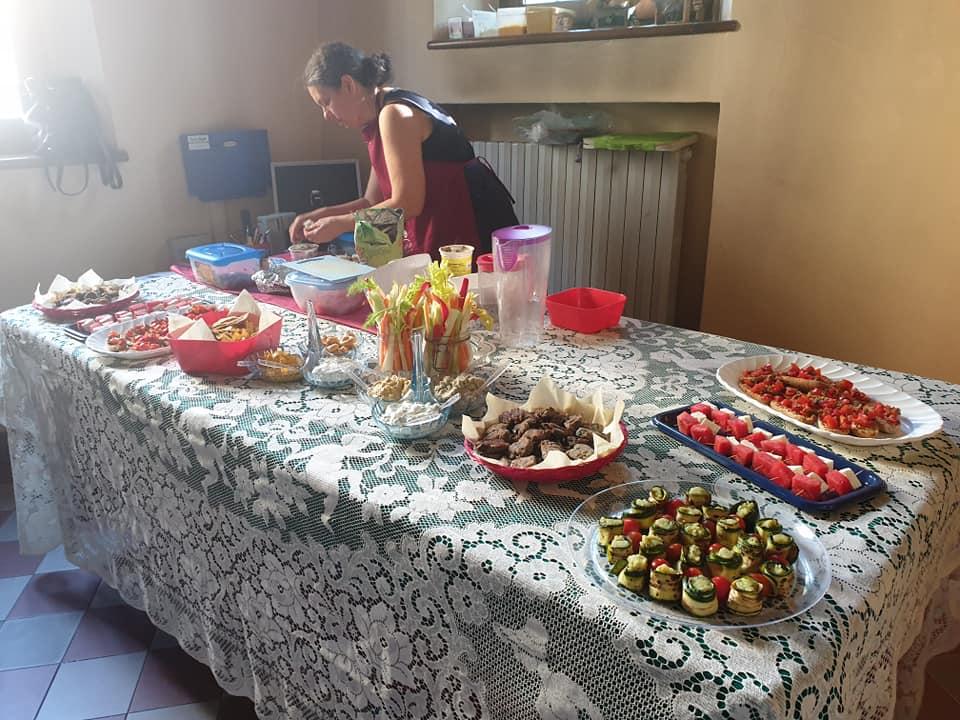 buffet dopo Nella Purezza e Finzioni di Poesia: reading poetico 06/06/2019 presso Studio Bertani per Weekend Letterari Festival 2019