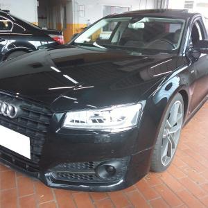 Audi S8 4.0 V8 TFSI Plus Quattro