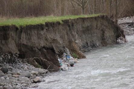 discarica rifiuti mologno (24 di 39)