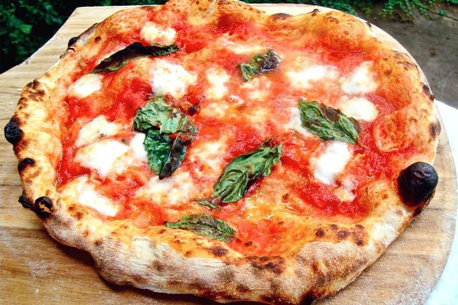 La pizza - Foto di archivio © www.giornaledibrescia.it