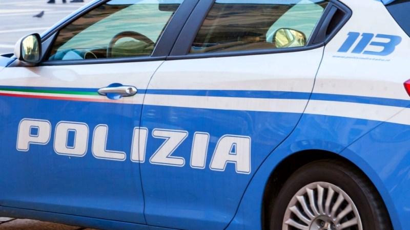 Roma-Tuscolana, minori imbrattano muro perimetrale scalo ferroviario: 5 denunciati