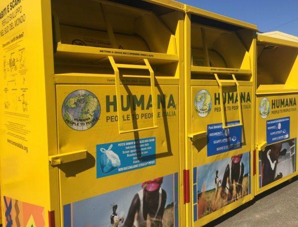 Pomezia, riconfermata la collaborazione tra il Comune e Humana People to People per la raccolta di abiti usati