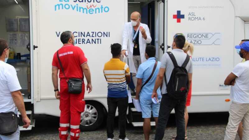 Albano, sono già 130 le dosi di vaccino Janssen distribuite dal camper della Asl Roma 6